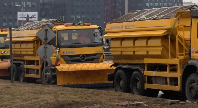 По заповед на кмета на Бургас провериха готовността за поддръжката на пътищата през зимата
