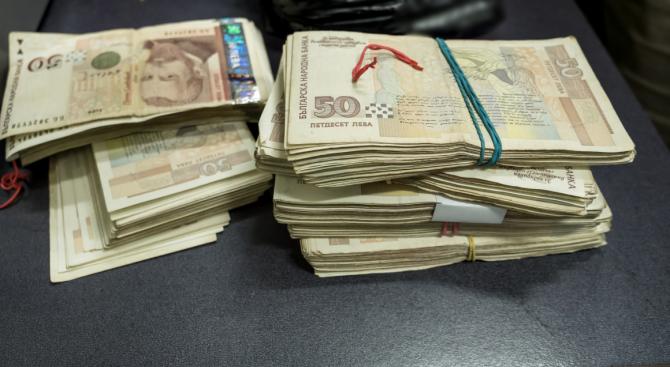 Арестуваха трима, източили 3 млн. лева от НОИ