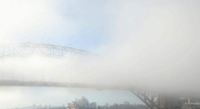 Сидни отново потъна в гъста мъгла