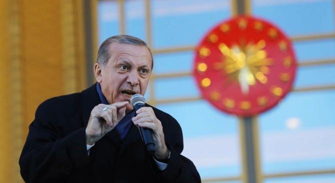 Ердоган: Турция няма да си иде от Сирия, ако сирийският народ не я помоли