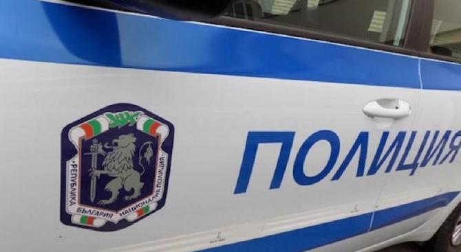 Полицаите на крак заради 8 декември