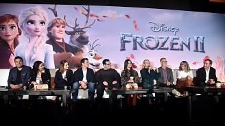 """""""Замръзналото кралство 2"""" запази челната си позиция в Северна Америка"""