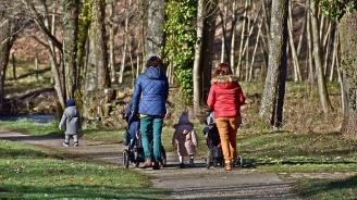 До края на декември работниците може да поискат данъчни облекчения за деца чрез работодателя си