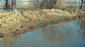 Открита беше възстановената защитна дига на река Крумовица на входа на Крумовград