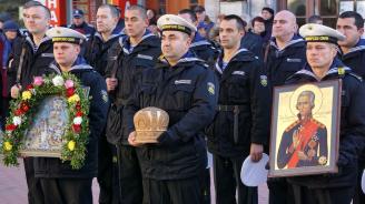 Красимир Каракачанов и началникът на отбраната генерал Андрей Боцев ще бъдат с военните моряци на Никулден