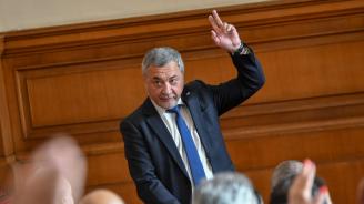Валери Симеонов за твърденията на ДПС: Фантазии на объркани хора