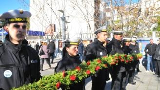Бургазлии почетоха загиналите рибари и моряци на Никулден
