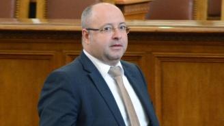 Четин Казак: Продължаваме да искаме оставката на Валери Симеонов
