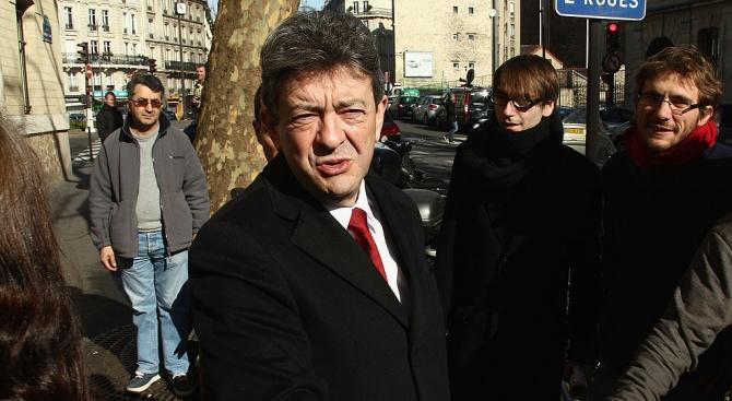 Френски крайноляв политик получи условна присъда и глоба от 8 000 евро