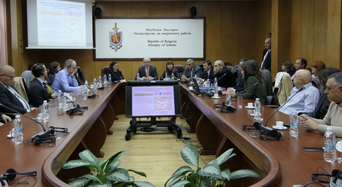 Стартира специална програма за подобряване на работата на криминалистите в България