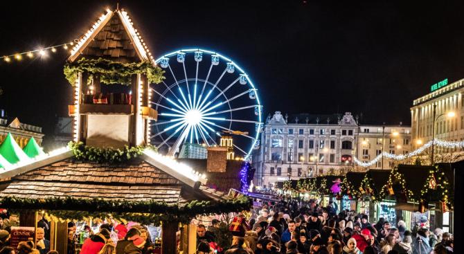 Българска реч оглася Коледния базар в Букурещ