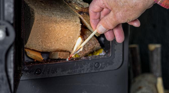 Пулмолог: При горенето на твърди отпадъци се получава токсичен коктейл, който влияе и на ДНК-то