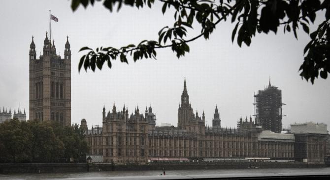 Рекорден брой жени в британския парламент