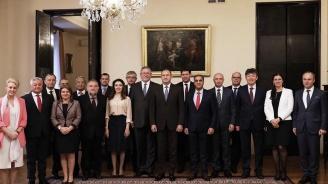 Радев проведе среща с клуба на посланиците, говорещи български език
