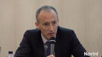 Министър Вълчев: Можем да се инатим, но нещата трябва да се променят