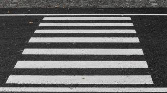 Блъснаха пешеходец във Варна