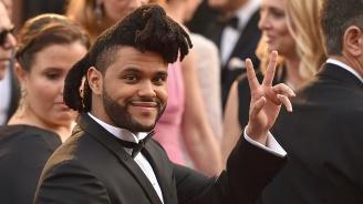 """Певецът Уикенд оглави класацията на """"Билборд"""" за сингли"""