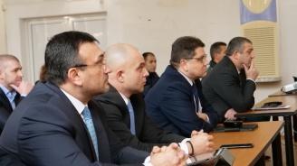 Министър Младен Маринов представи общата картина по проблемите на миграцията