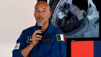Астронавт с призив от Космоса: Да спасим красивата си планета Земя