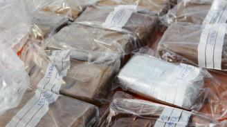 Спипаха хероин за над 1,5 млн. лева в тайници на кола на Дунав мост