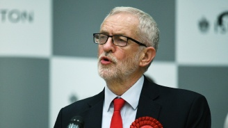 Лидерът на британската опозиция обяви за оставката си