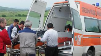 Кола блъсна и уби жена във Враца
