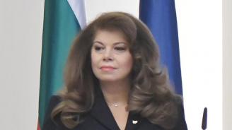 Илияна Йотова: Нямаме нужда от президент, който мълчи и преглъща