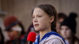Грета Тунберг се прибира у дома с претъпканите германски железници