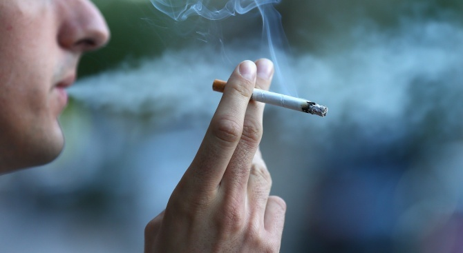 Пасивното пушене увеличава риска от сърдечни болести при децата