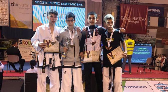 "Tри медала за Хоук-Банско на ""King of Taekwondo"""