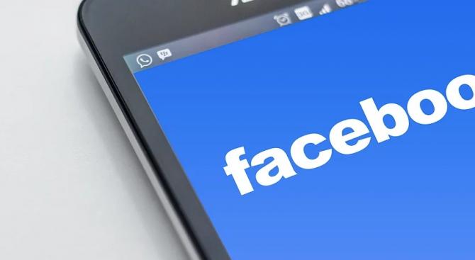 Фейсбук е осуетила две операции за манипулиране на общественото мнение