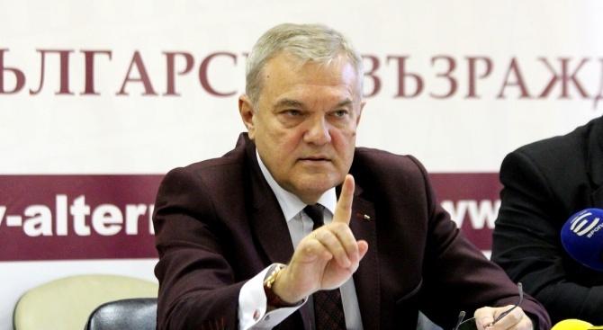 Румен Петков: Нека коледният дух стопли българските домове и сърцата ни
