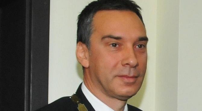 И кметът на Бургас с емоционално обръщение за Коледа