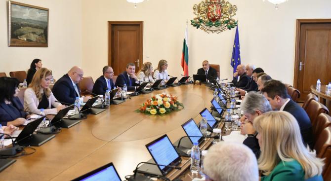 Томислав Дончев: Ключов приоритет са процесите на икономическа трансформация