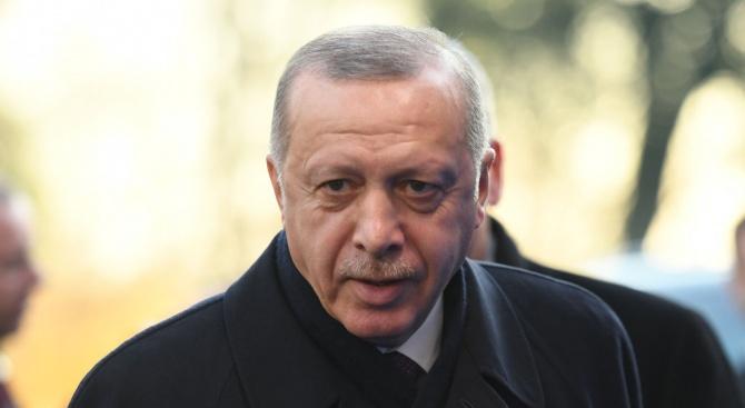 Ердоган представи първия електромобил, направен изцяло в Турция