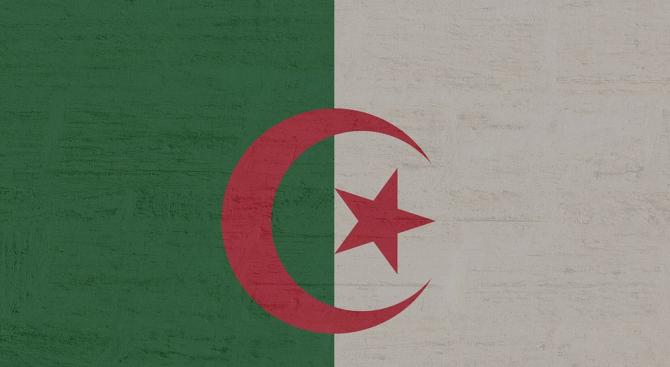 Алжирският президент назначи Абделазиз Джерад за премиер