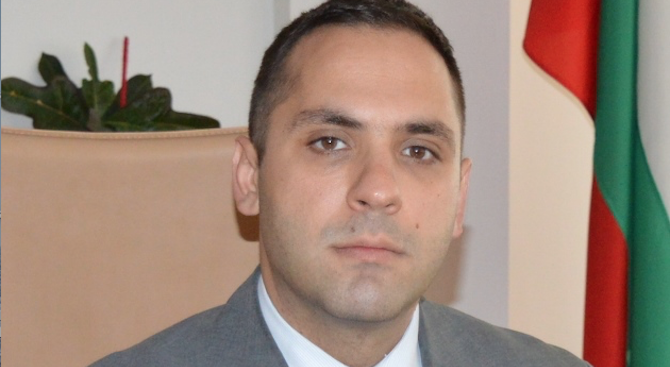 Караниколов обеща цената на водата в Перник да не се увеличава