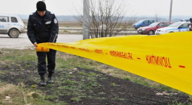 Мъж е открит мъртъв на спирката при Ловешката болница