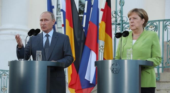 """""""Взгляд"""": Ще успеят ли Путин и Меркел да спасят света от """"втори Виетнам"""""""