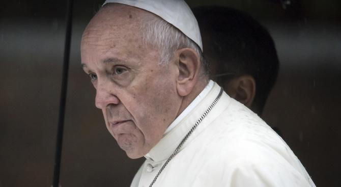 Папата упрекна световните лидери, че не реагират както трябва на проблемите с климата