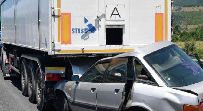 Друсан шофьор предизвика катастрофа в Габрово