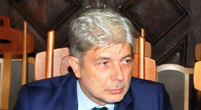 Гледат мярката на Нено Димов, той проговори в съда