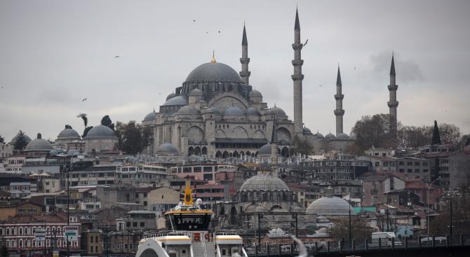 Трус от 4,7 разтресе Истанбул