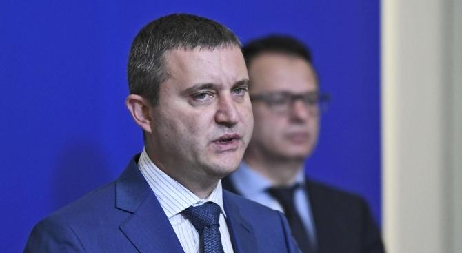 """Искал ли е Горанов оставката на шефа на Агенция """"Митници""""?"""