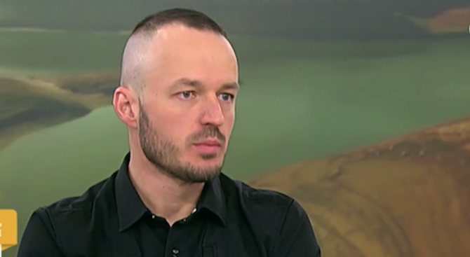 Политолог: Гешев влиза с летящ старт