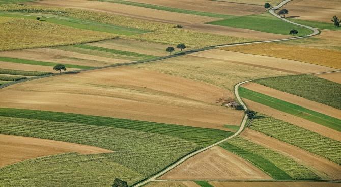 """Бързи оферти за земя от """"Агрион"""""""