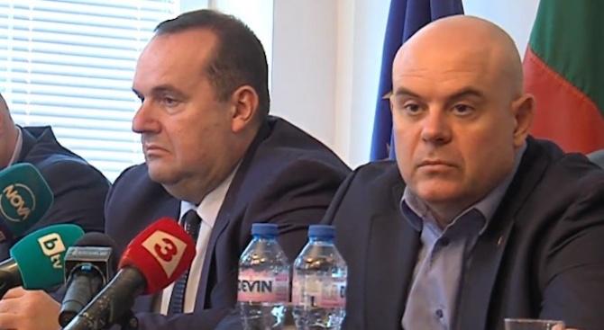 Гешев коментира арестите заради водната криза в Перник