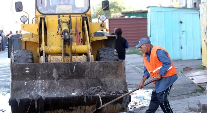 """Кметът на Пловдив разпореди обследване на наводнените блокове в """"Столипиново"""""""