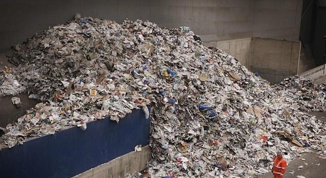 Прокуратурата ще разследва има ли опасни отпадъци в сметището в село Дражево