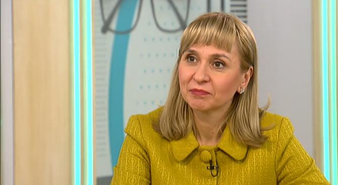 Диана Ковачева: Не само в Перник, в много градове има големи загуби на вода